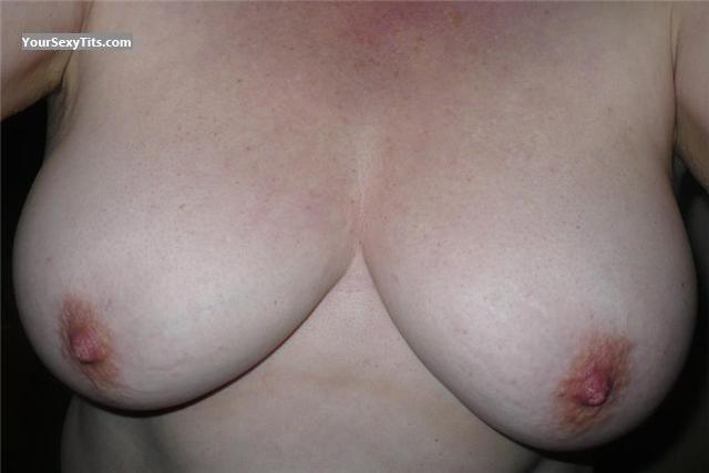 Tit Flash: Medium Tits - Jugger from Canada